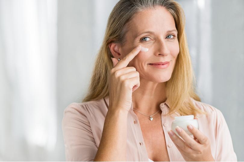 Cuidados com a pele madura: mantenha o rosto jovem por mais tempo
