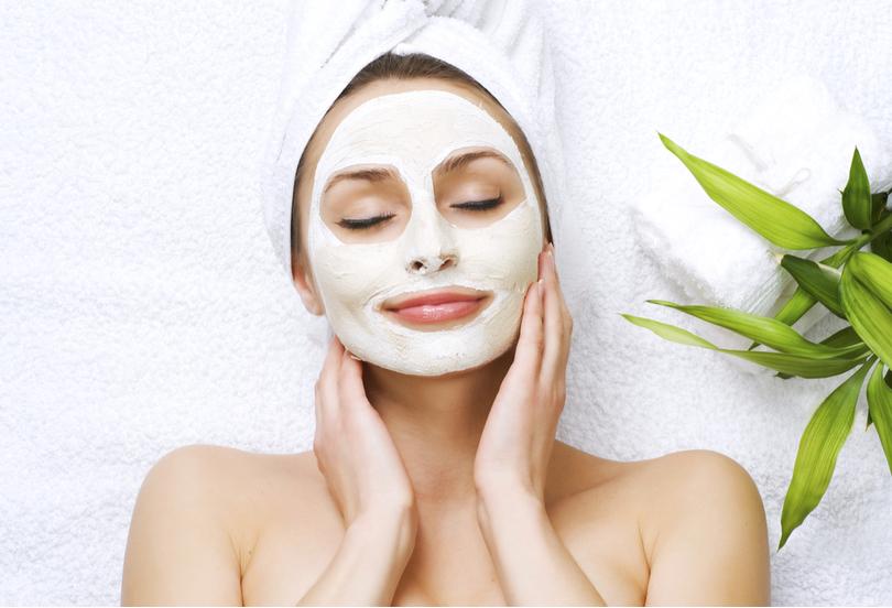 Conheça os benefícios da hidratação facial e tenha uma pele ainda mais bonita