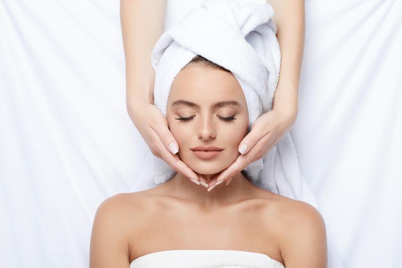 Tratamentos faciais para rejuvenescer, clarear ou cuidar da pele